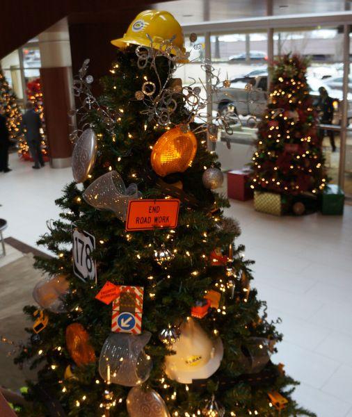 Themed Christmas Tree Christmas Tree Decorating Themes Christmas Tree Themes Creative Christmas Trees