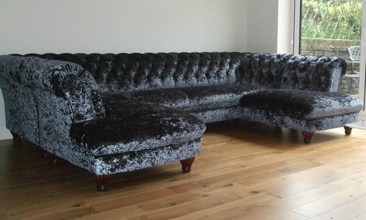 Chesterfield ecksofa  Chesterfield Ecksofa in Samt - Farbe Denim. www.kippax-sofas.de ...
