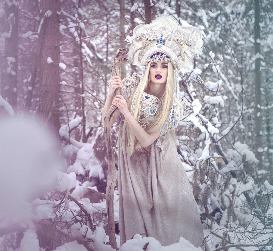 Смотреть Темные Принцессы и сказочные миры в фотографиях Viona видео