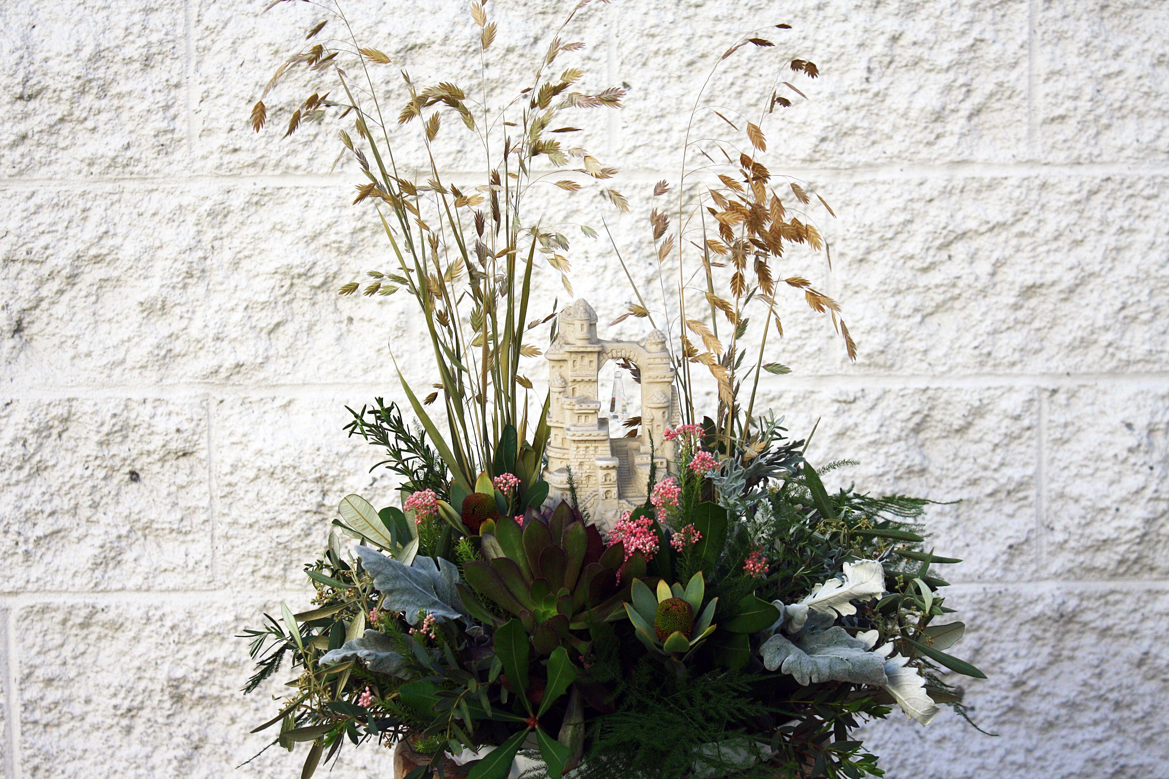 Wheat sand castle centerpiece four seasons wedding flower delivery in san diego izmirmasajfo