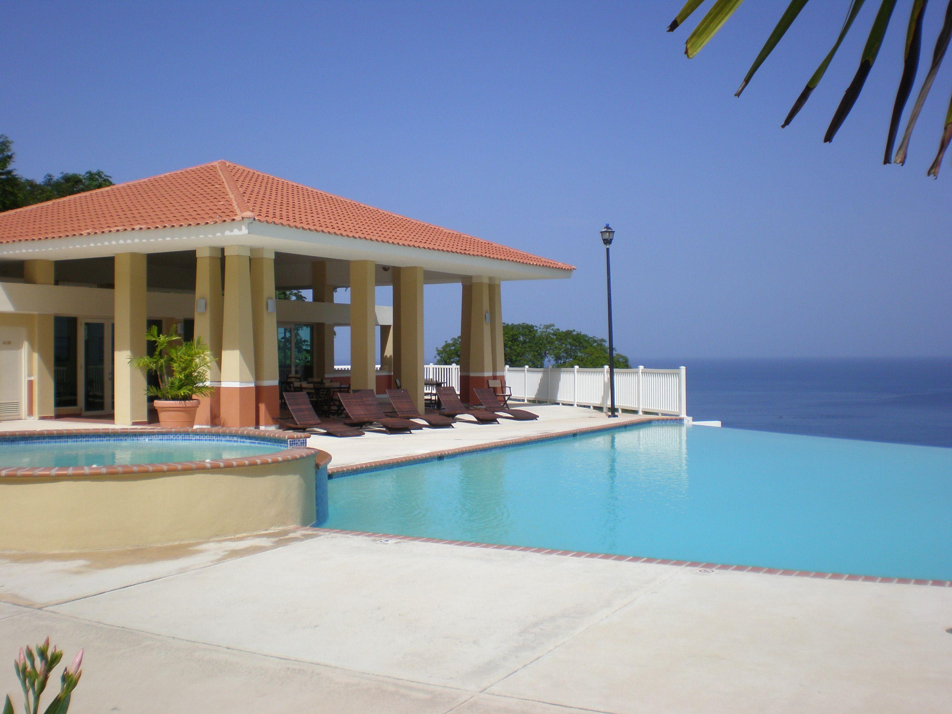 enjoy the ocean view from the infinity pool vacationrental travel rh pinterest com