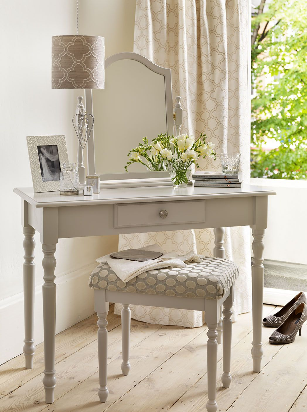 cute french dressing tableperfect for the left