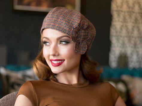 Fleur de chapeau de béret, laine de hareng de béret, chapeau de béret de plaid, fleur de chapeau de béret de tweed, laine de chapeau de béret de multi couleur, fleur de béret de Français #hatflower