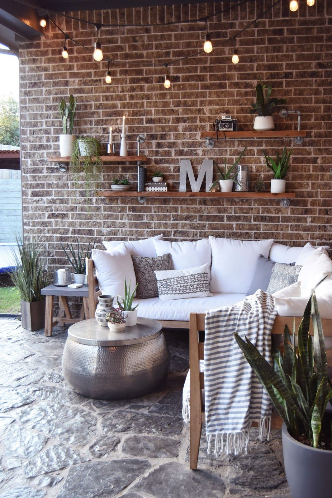 The Japanese Style With Contemporary Light Fixtures In The Mix Patio Wall Decor Patio Wall Patio Design