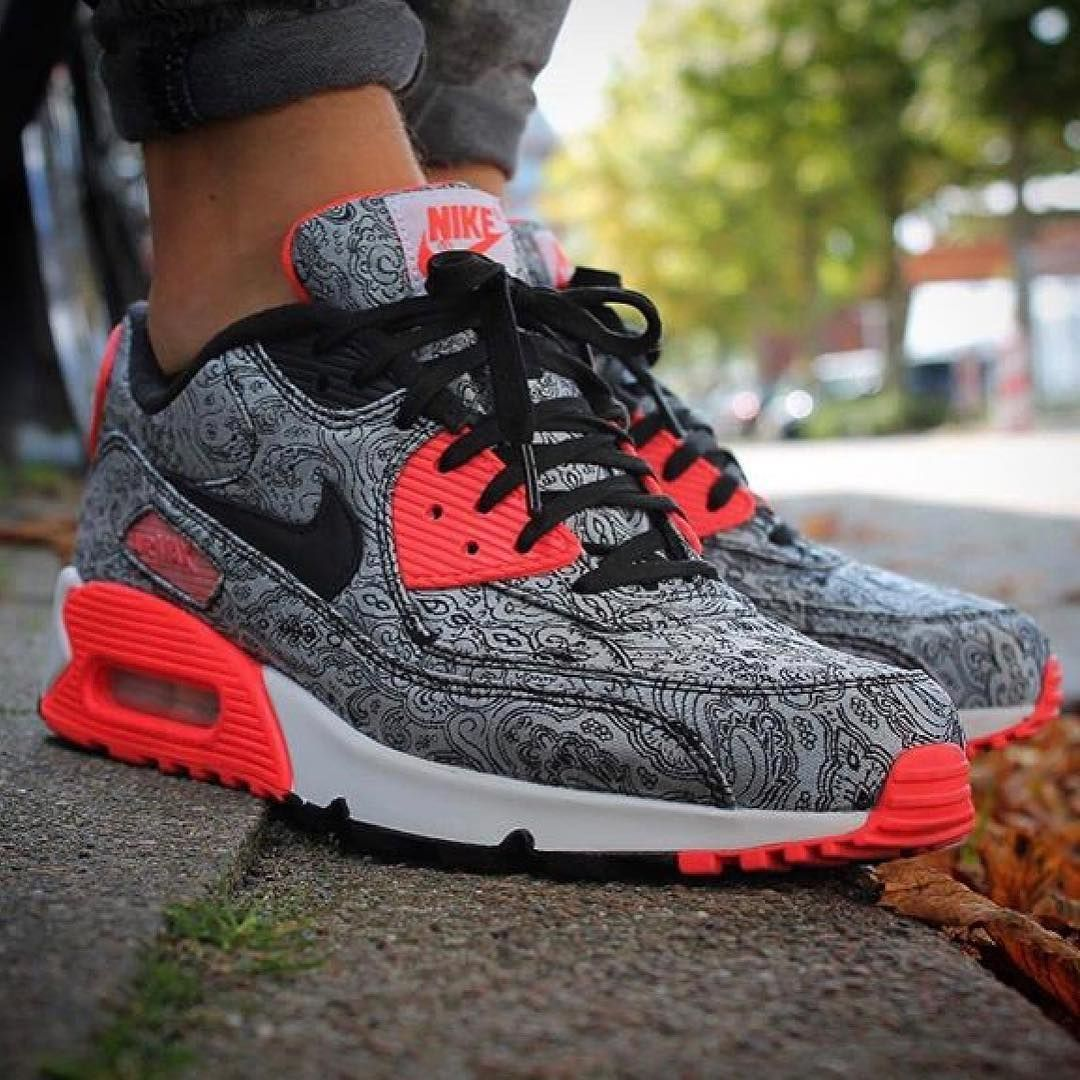 competitive price b5c78 4f144 Nike Air Max 90 x Infrared Paisley 25th Anniversary Pack