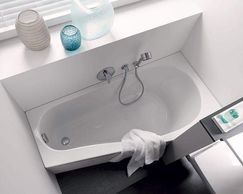 Ligbad Kleine Badkamer : Dit ligbad van sphinx is ideaal voor de kleine badkamer met een