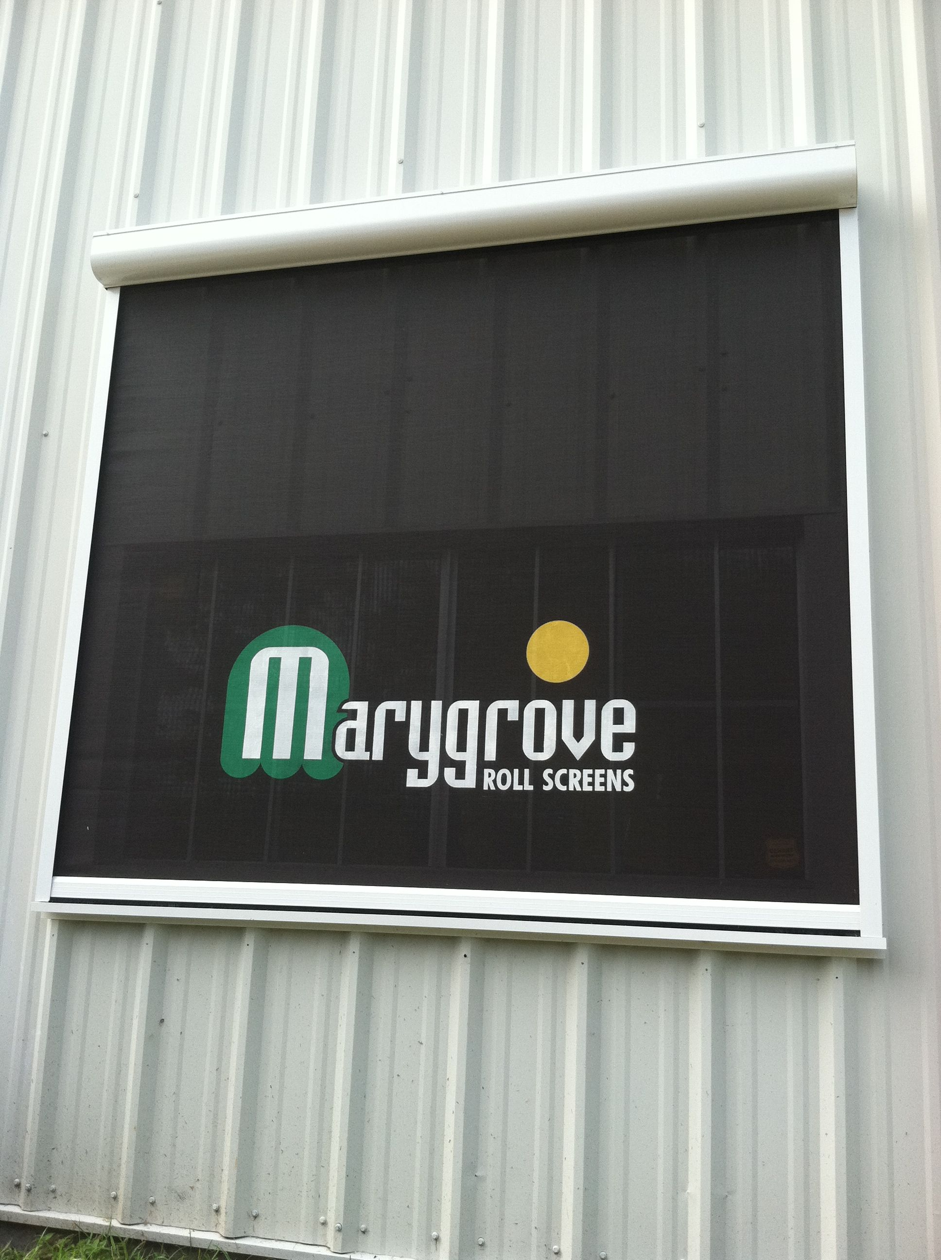 http://www.marygrove.com/rollerscreens.aspx | Bay window ...