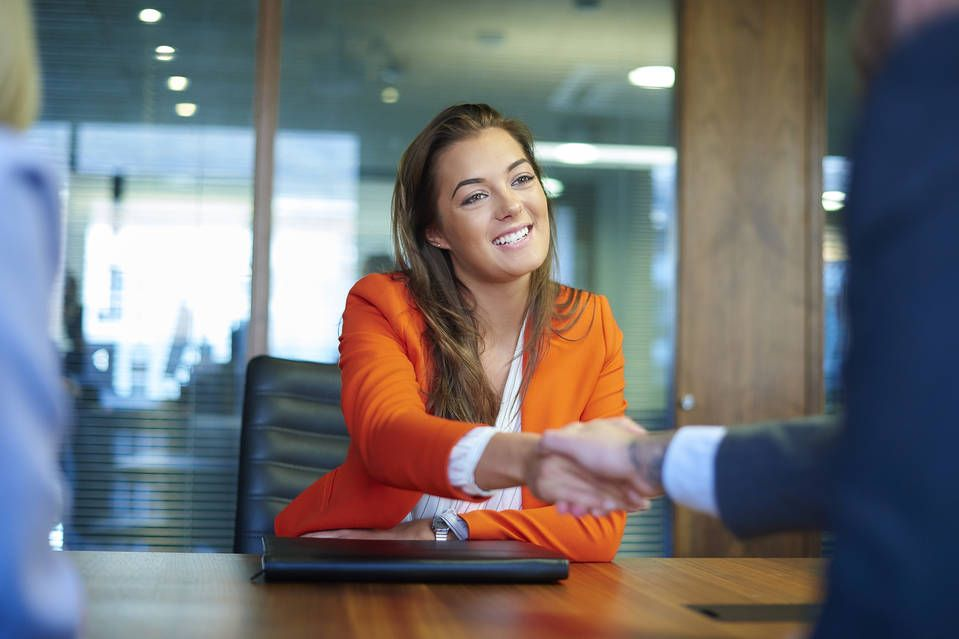 How to Build Instant Rapport in an Interview Job