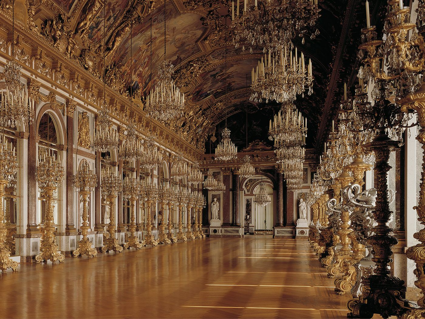 Hall Of Mirrors Neues Schloss Herrenchiemsee Chiemgau Bavaria Germany New Palace Hall Of Mirrors Art And Architecture