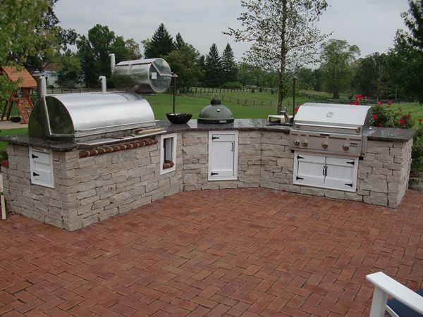 Outdoor kitchen with smoker grill and bge outdoor for Outdoor kitchen smoker plans
