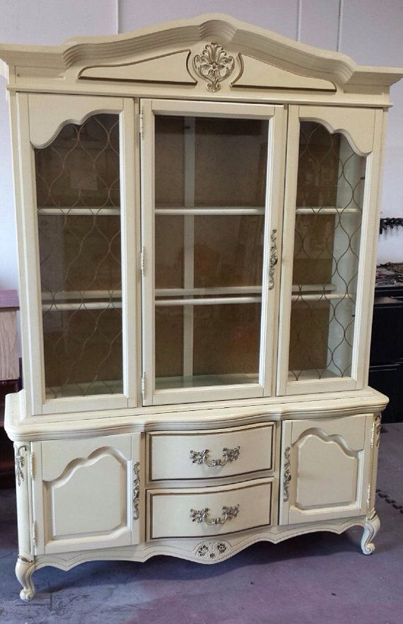 Vintage French Provincial buffet Hutch by by ProvincialbutFrench