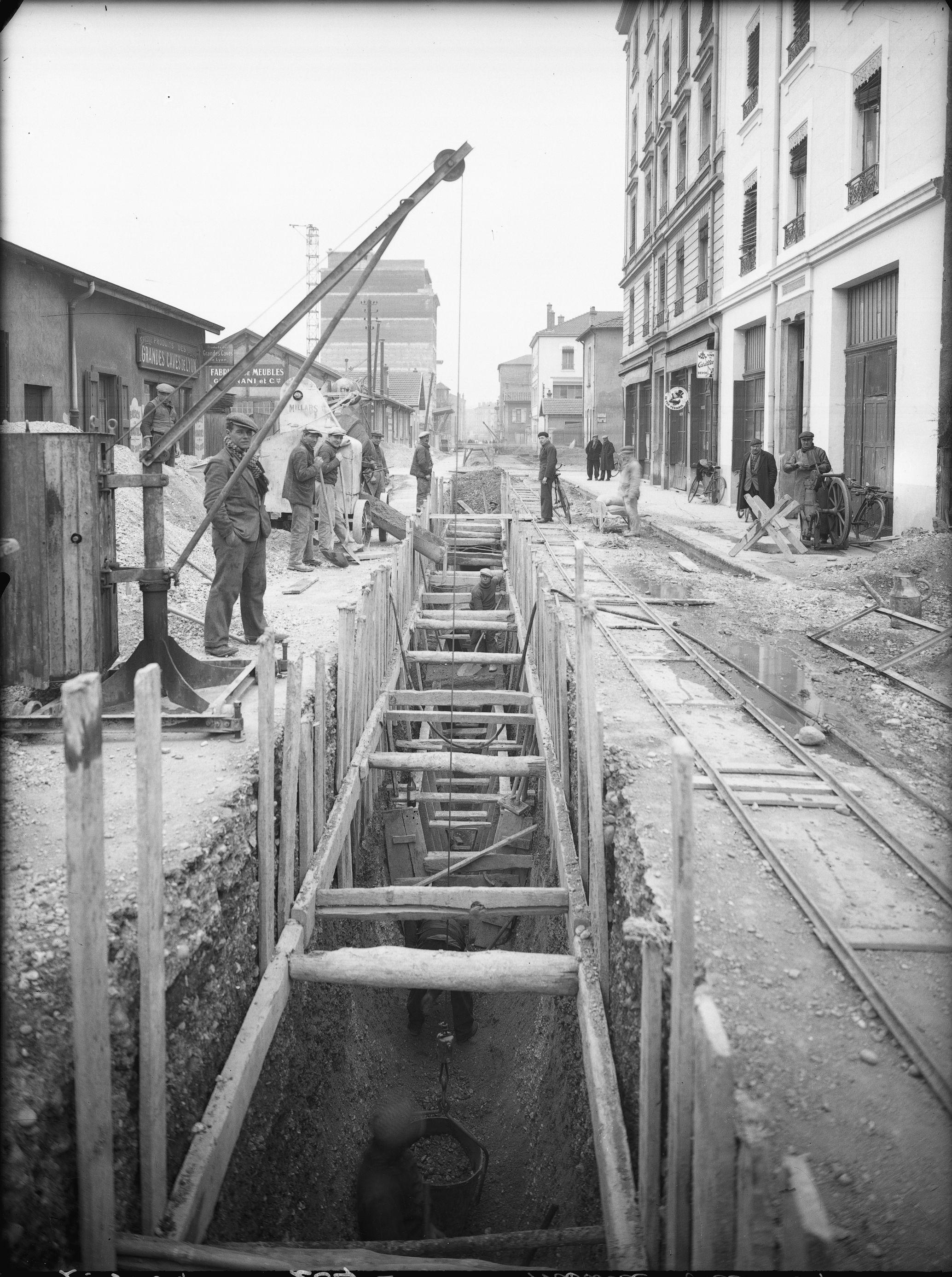 1930 construction de l 39 gout rue anatole france for Garage rue des bienvenus villeurbanne