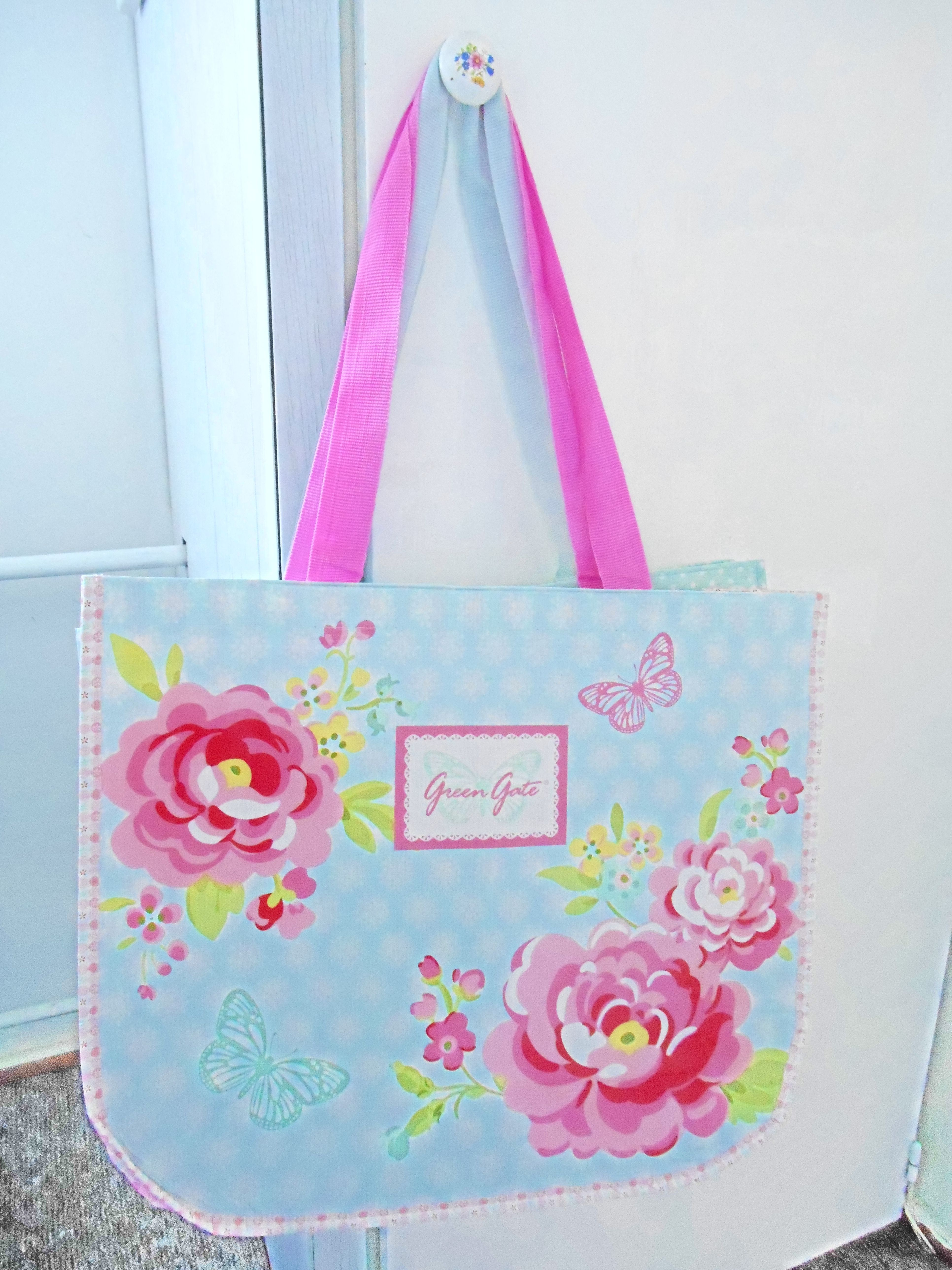 a5f37cc3415 Pin by Renata Kotková on Home @ living Reny | Bags, Ted baker, Tote bag