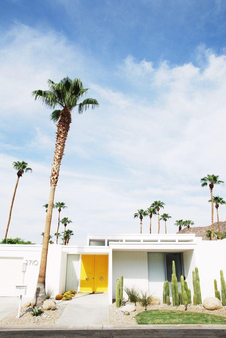 Palm Springs, États-Unis via The Foreign lands