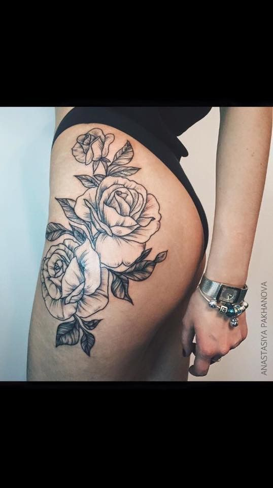 Rose Hips Tattoos Pinterest Tatouage Tatouage Cuisse And