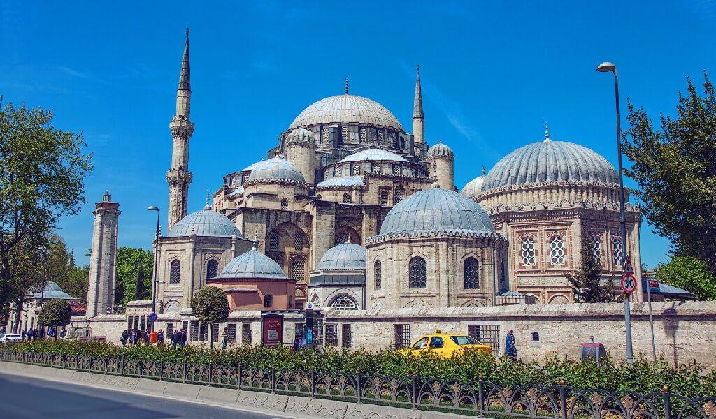 Şehzadebaşı Camii ile ilgili görsel sonucu