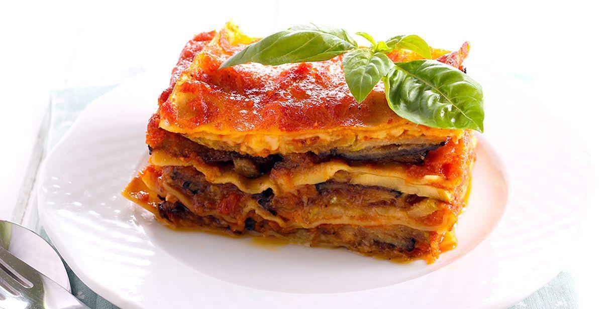 Ricetta Lasagne.Ricetta Lasagne Alla Parmigiana La Ricetta Di Piccole Ricette Ricetta Ricette Lasagna Lasagna Vegetariana