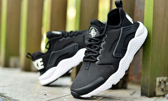 on sale 0a307 b318a Nike Air Huarache Run Ultra BlackWhite