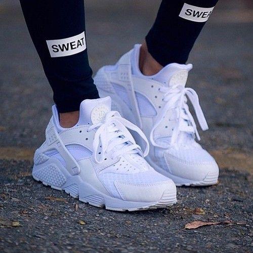 Nike Air Huarache - Women's | Zapatillas nike blancas ...