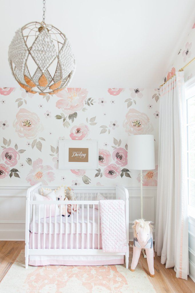 die besten 25 baby girl nursery wallpaper ideen auf. Black Bedroom Furniture Sets. Home Design Ideas