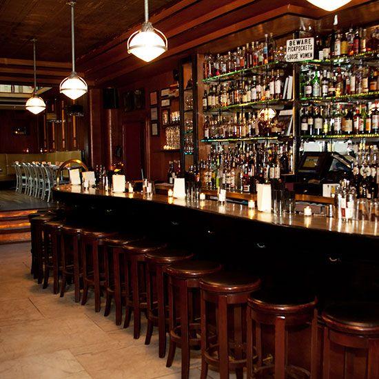 die besten 25 fl sterkneipe bar ideen auf pinterest pub design blaue spiele zimmer m bel und. Black Bedroom Furniture Sets. Home Design Ideas