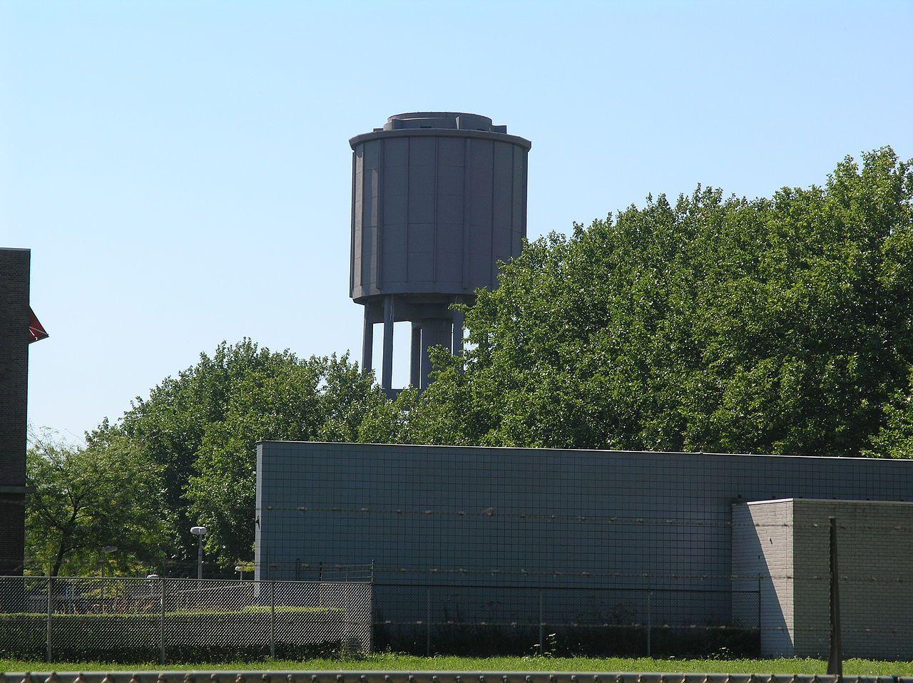 7061 Geleen Watertoren DSM terrein.JPG