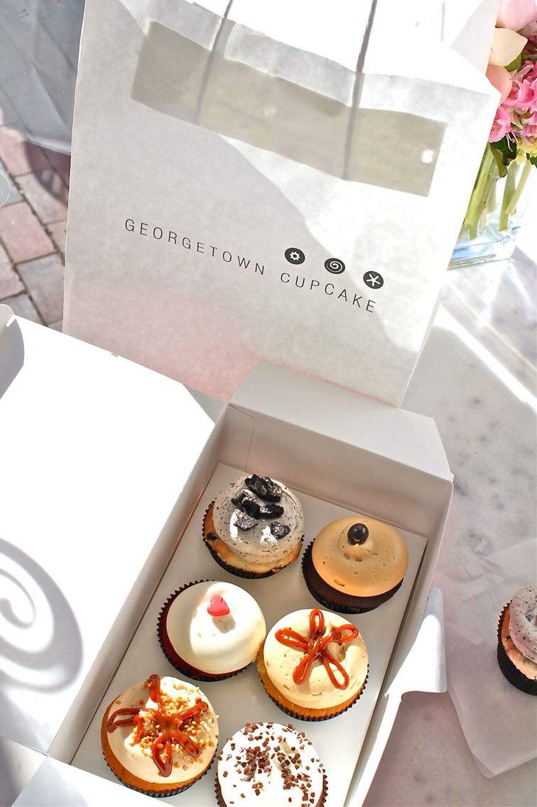 I have always wanted to try Georgetown cupcakes!