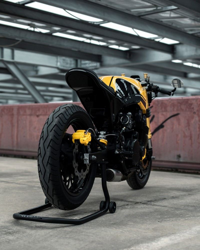Iron of the Year 2020: Honda CBX750F by Garage14 – BikeBound