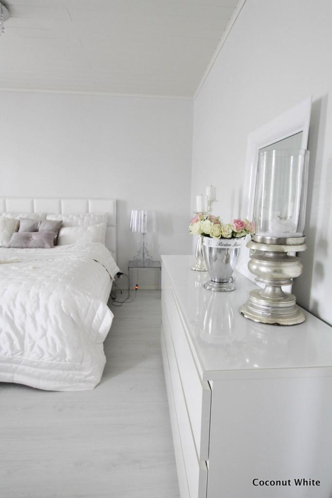 Coconut White: Makuuhuoneen syyskuun Riviera Maison- yksityiskohtia