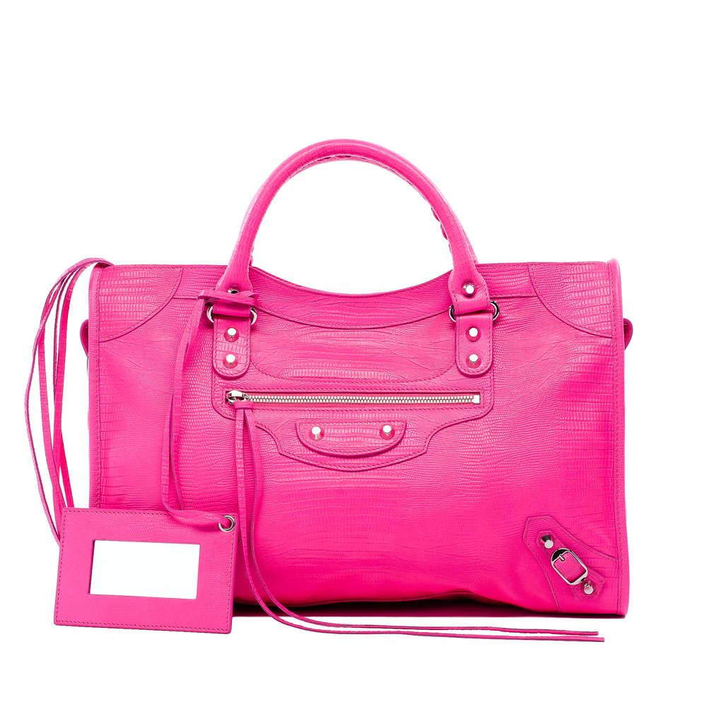 @Elissa Emoto, my sisters each bought a Balenciaga bag last week in Vegas. I'm determined to get this one ;)