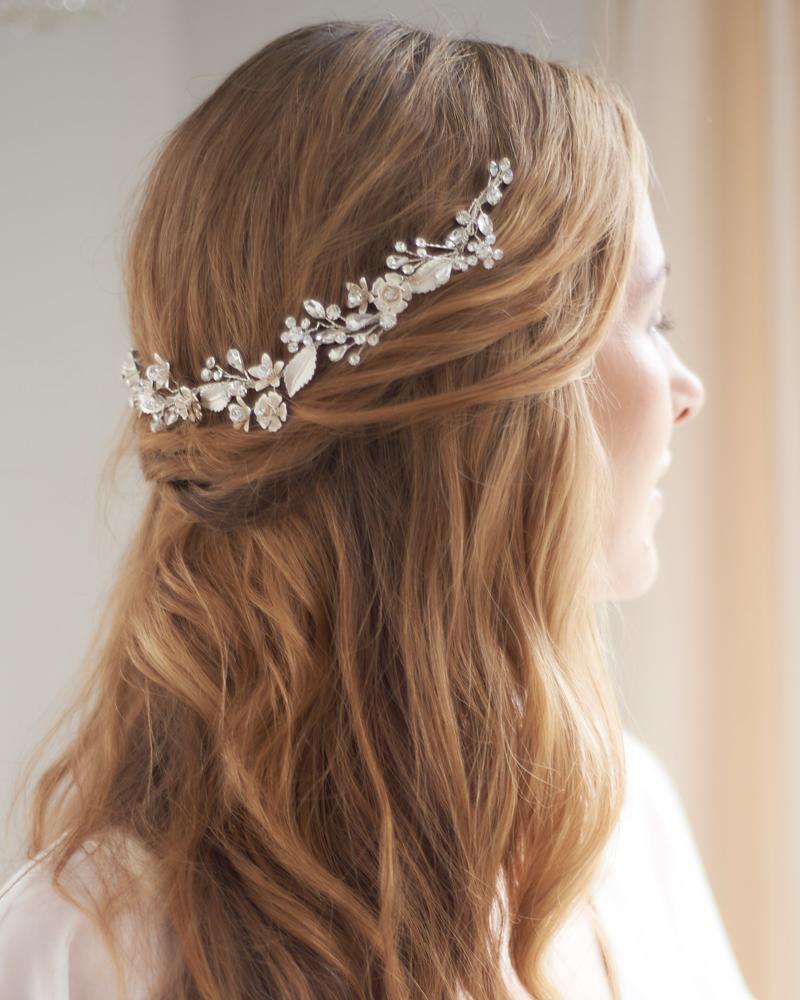 Bride Hair Clips Pearls Beads Crystal Rhinestone Hairpins Pure Handmade Flower Hair Clip Bridal Headpiece Bridesmaid Tiara Wedding Tiara