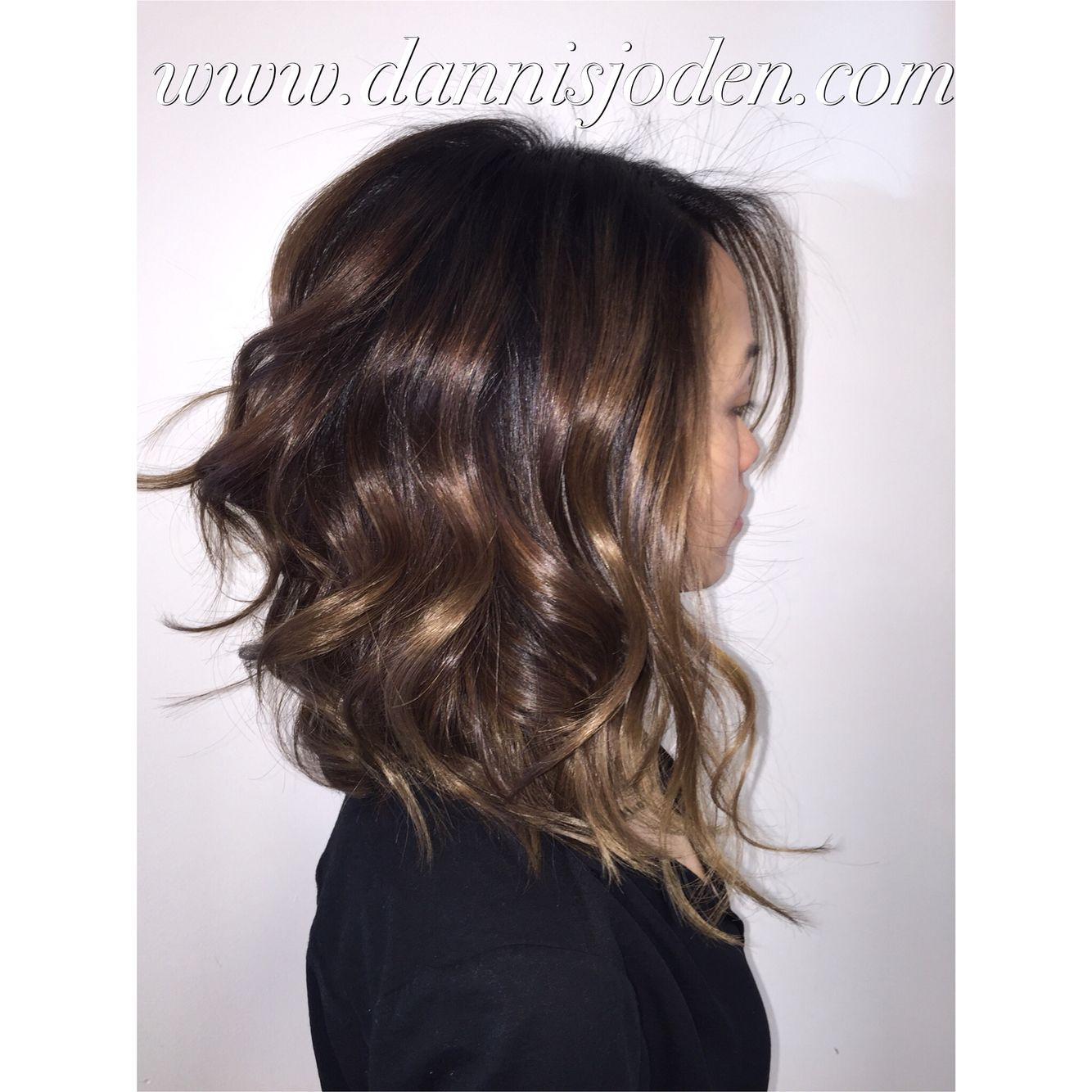 blended dimensional ecaille balayage