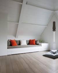 Bildergebnis für slaapkamer onder schuin dak   Above garage ideas ...