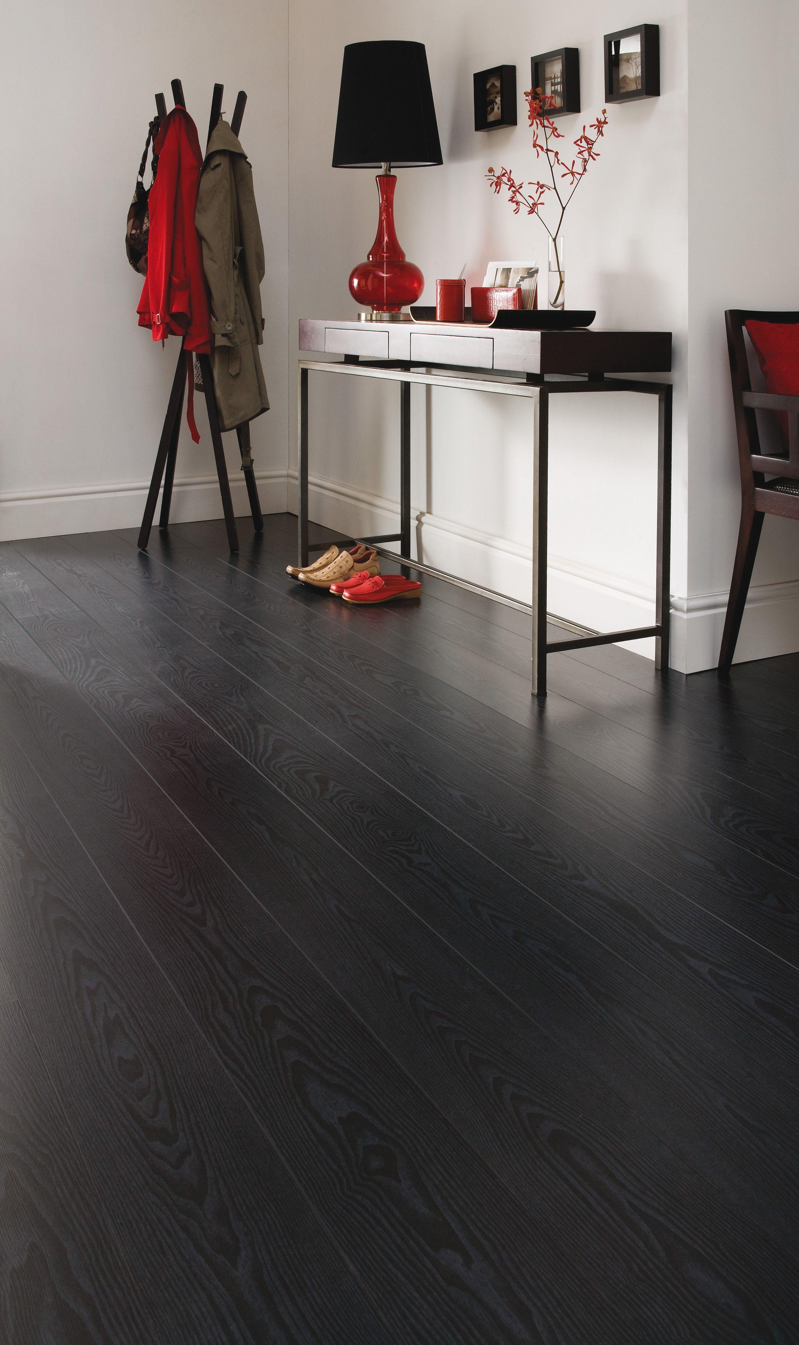 Zwarte vloer www.beboparket.nl #houtenvloer #laminaat #interieur #inspiratie #tips #wonen