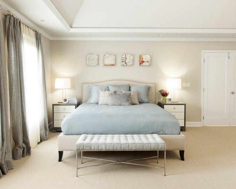 chambre taupe, literie bleu ciel et rideaux gris assortis | Chambre ...