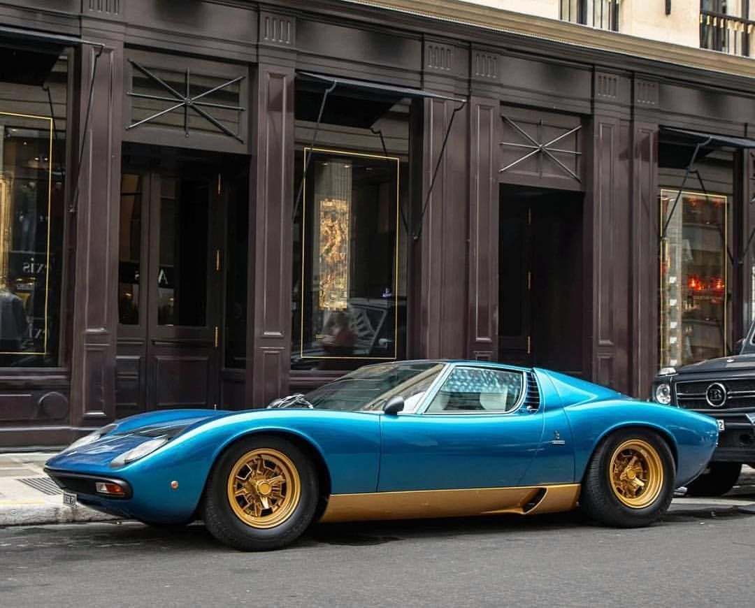 Lambourghine Muira The Birth Of The Modern Supercar Yes On All Counts Gorgeous And A Mid Engined Water Cooled Bo Lamborghini Cars Classic Cars Lamborghini