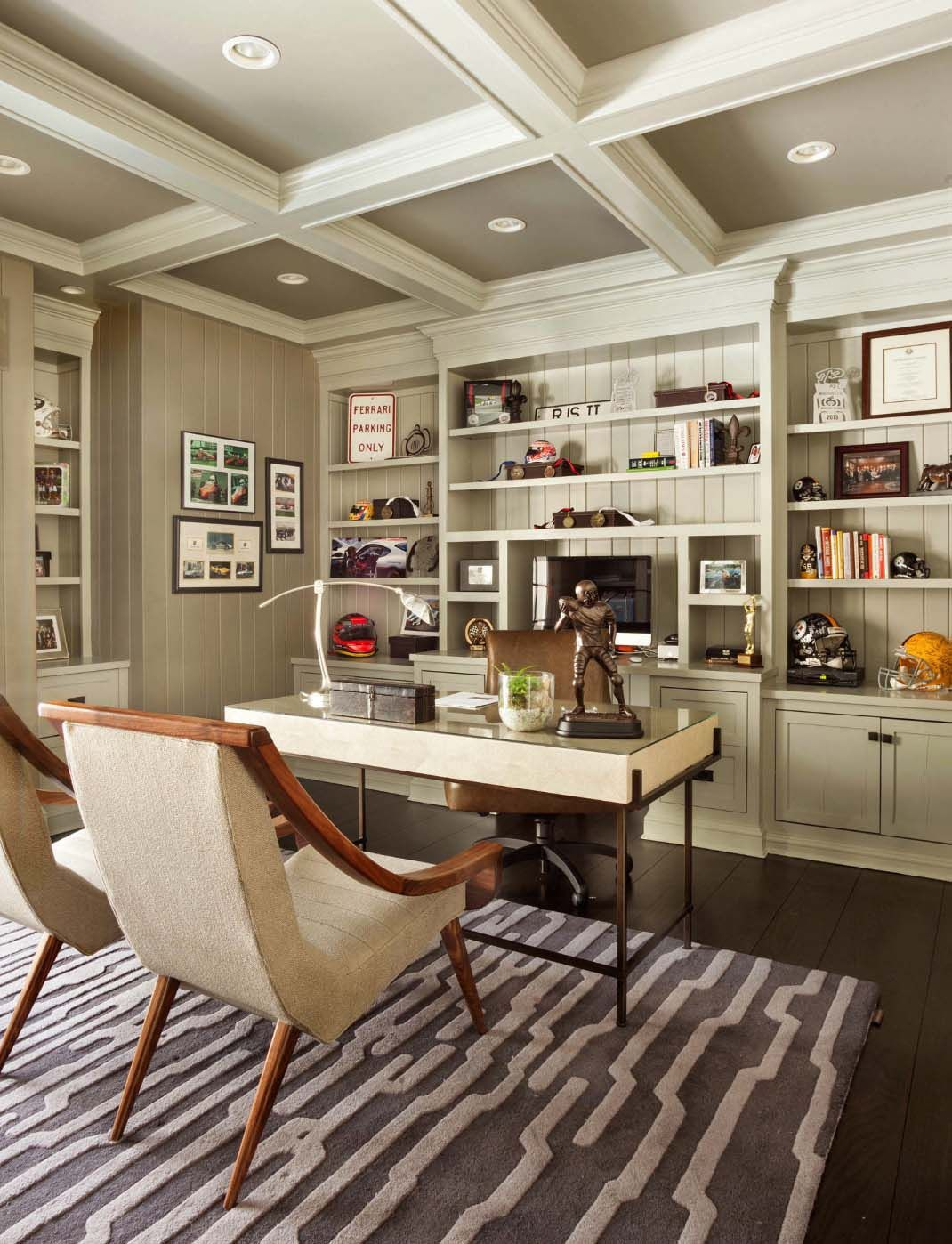 28 Dreamy Home Offices With Libraries For Creative
