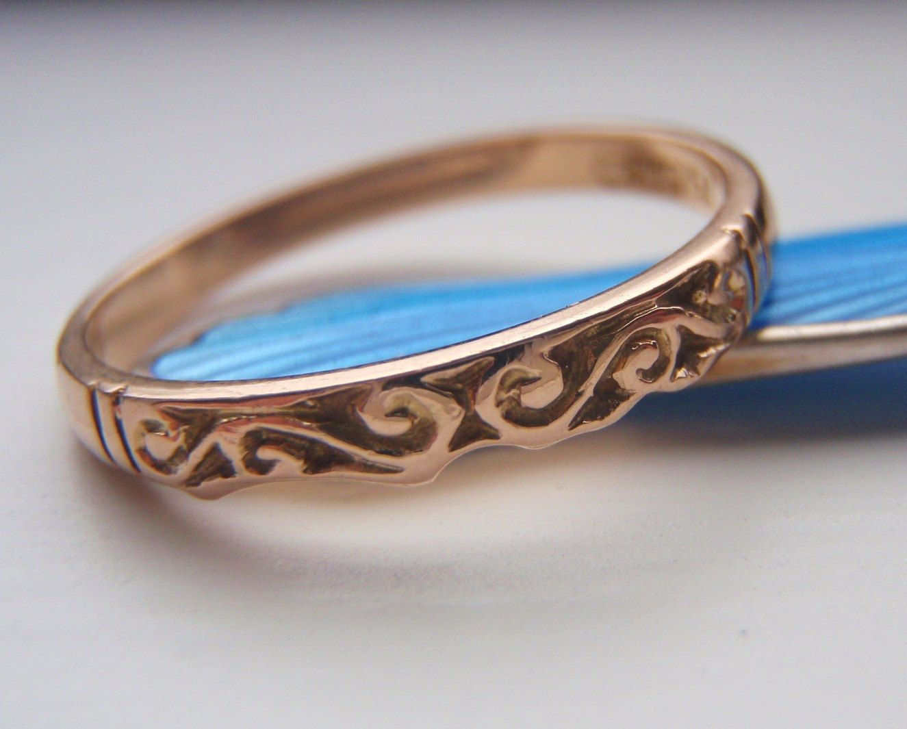 Vintage Wedding Ring Band. Hand Carved Victorian Style