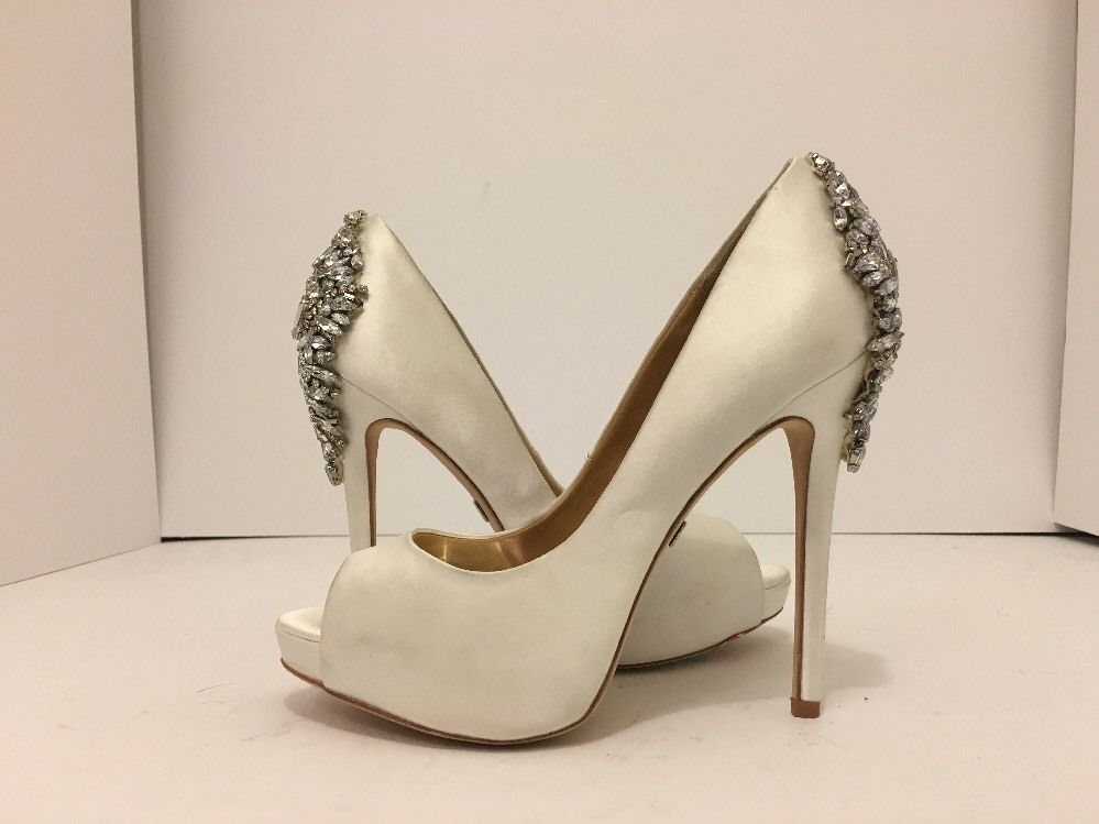 911b3b658700 Badgley Mischka Kiara White Satin Women s Evening Platform Heels Pumps Size  6.5  BadgleyMischka  EveningDressyPlatformHeelsOpenToePumps   ...