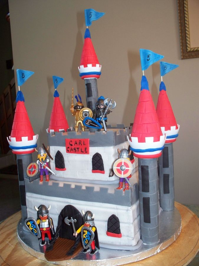 Boys Castle Cakes Designed For A Boy Using The Wilton