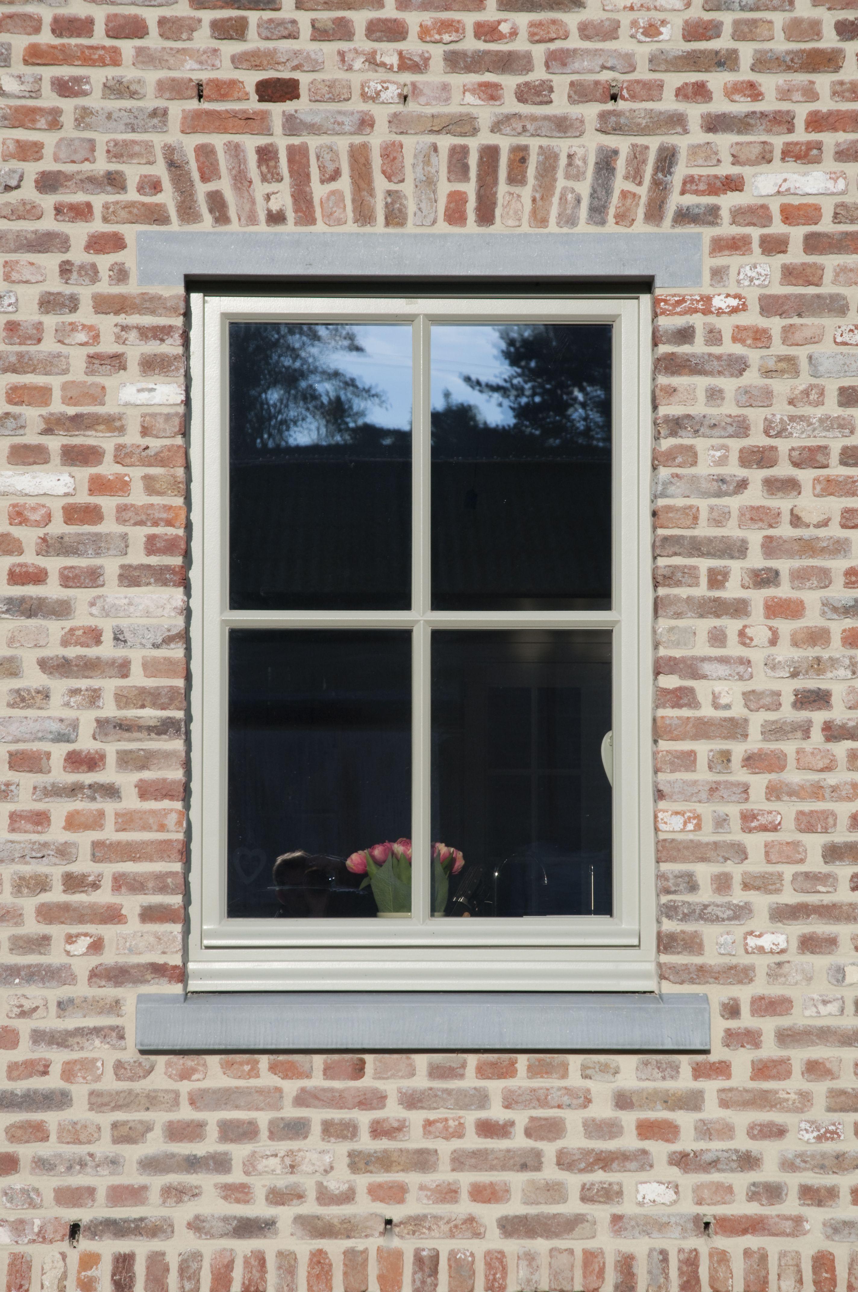 landelijke stijl belgische blauwe hardsteen vensterdorpels. Black Bedroom Furniture Sets. Home Design Ideas