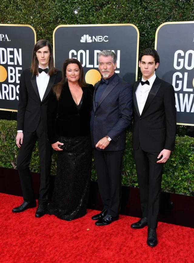 Pierce Brosnan S Sons Hit The Red Carpet As Gg Ambassadors Pierce Brosnan Dwayne Johnson Daughter Entertainment Tonight