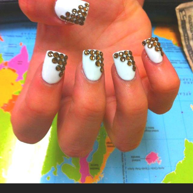 Diamond nails in ontario Blue Diamond Nails, Edgy Nails, Birthday Nail Art, Nail