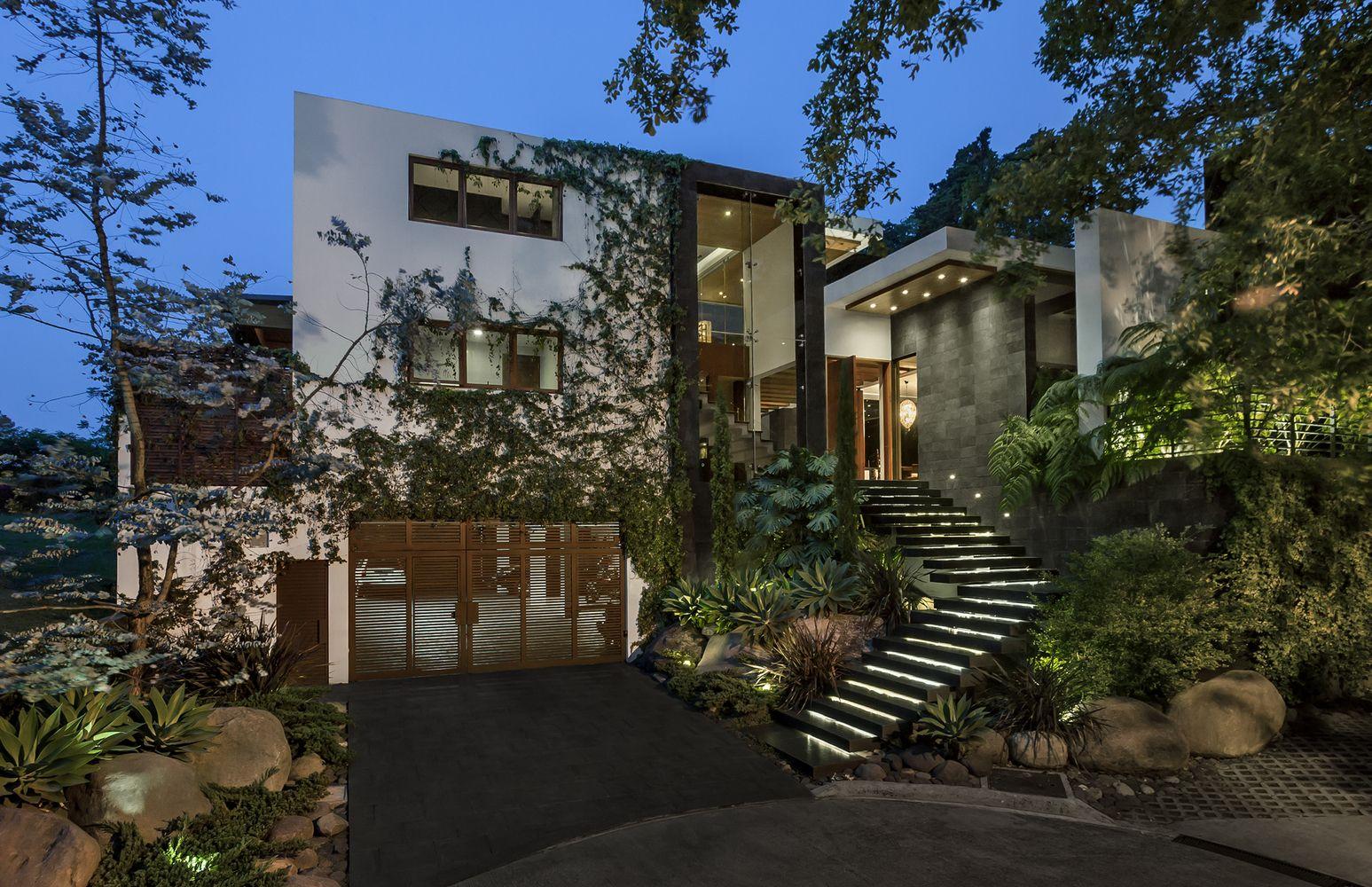 Home design bilder eine etage gallery of san isidro residence  valls arquitectos    建築ed