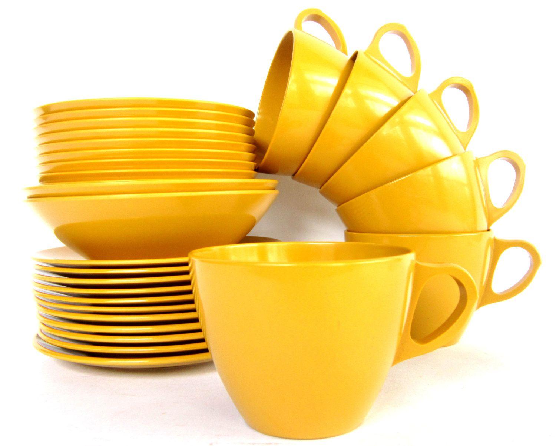 Vintage Mustard Yellow Melamine Dinnerware