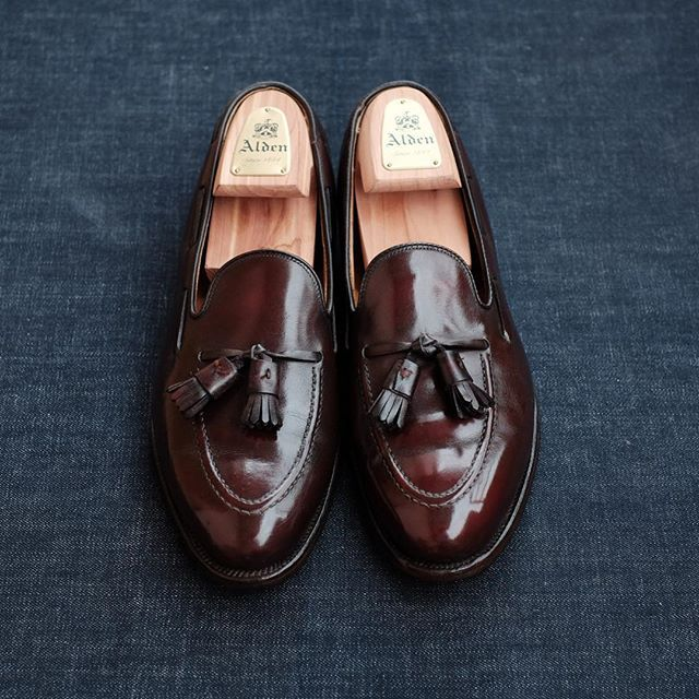 460f6c613d7f1 thegreatestcollection Alden for Brooks Brothers : Tassel Loafers Size :  9.5C (8.5D) 27cm x 9.5cm Leather : Calfskin Color : Burgundy Process :  Goodyear Welt ...