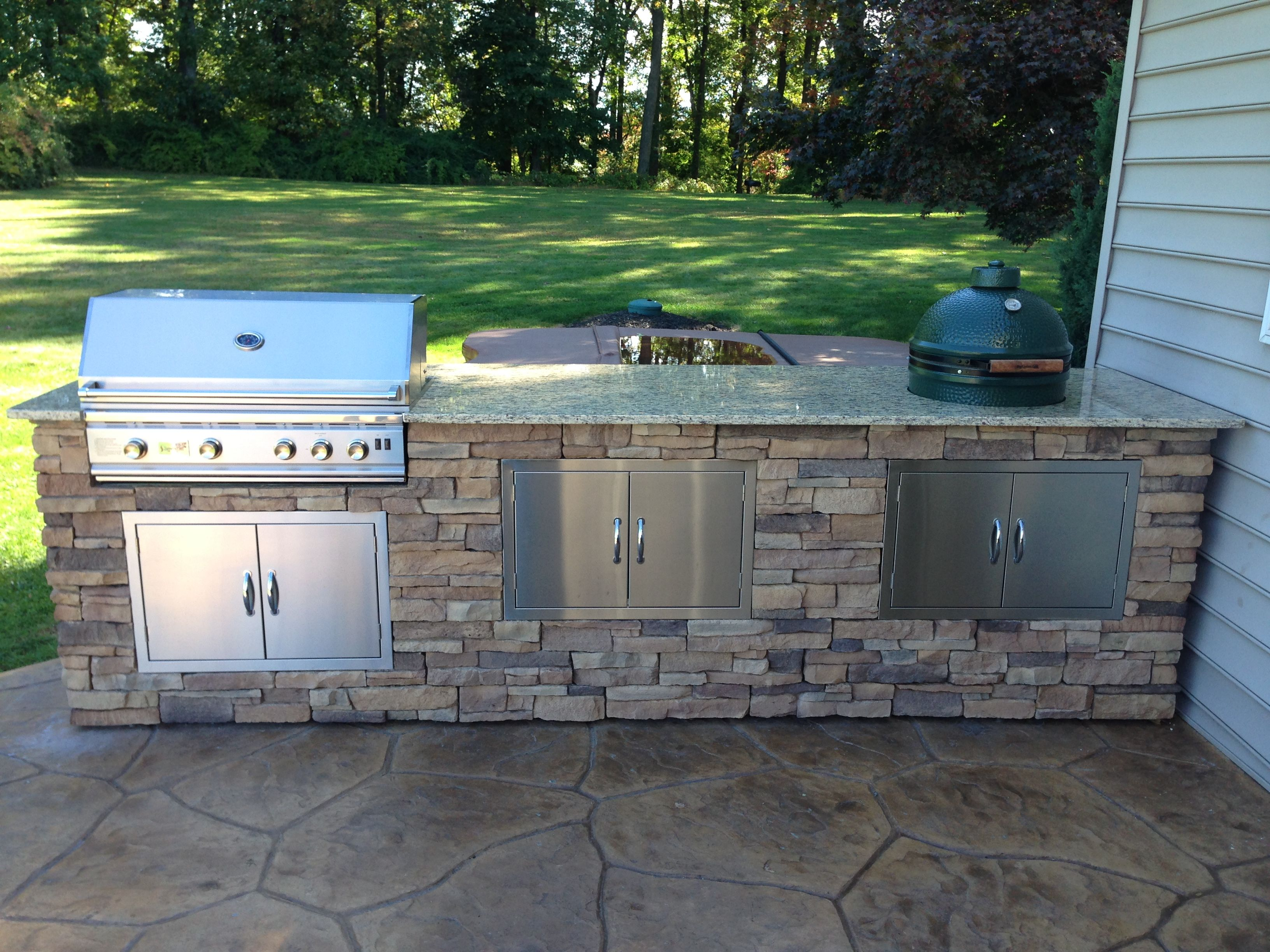Bret webster built this amazing bbq island with bbq coach for Backyard barbecues outdoor kitchen