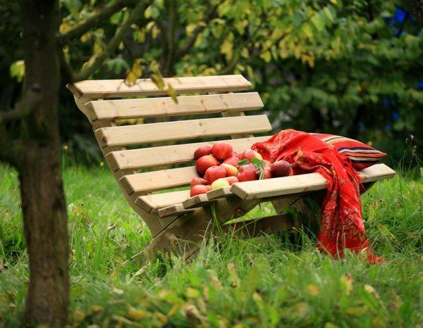 Voici Nos Exemples Pour Un Banc De Jardin Banc Jardin Bancs De Jardin En Bois Jardins En Bois