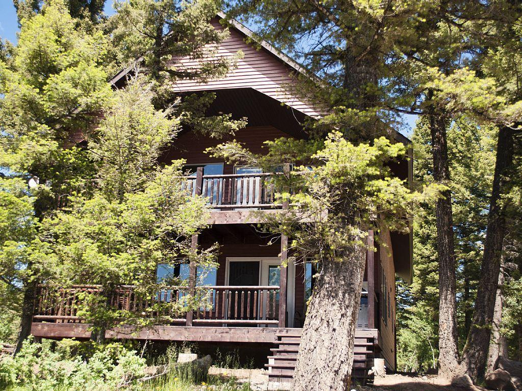 Island park cabin rental 3g mountain lodge cabin