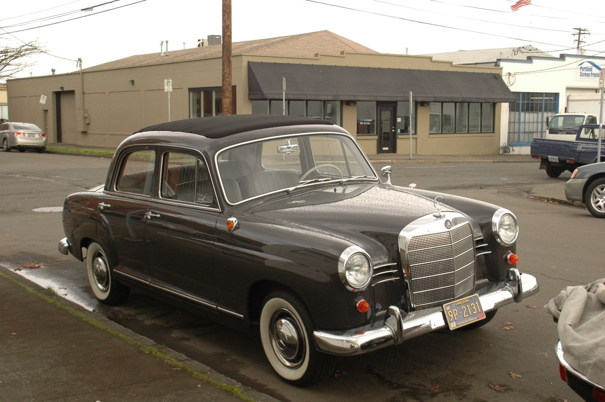 Documenting And Celebrating The Forgotten Daily Drivers And Automotive Workhorses Of Portland Oregon Mercedes Benz 190 Mercedes Benz Mercedes Benz Cars